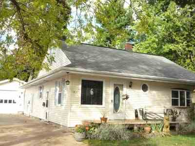 Single Family Home For Sale: 1210 E Jardin