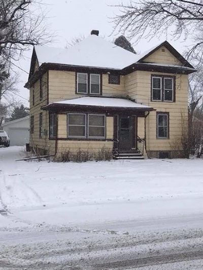 Neenah Single Family Home Active-Offer No Bump: 134 Harrison