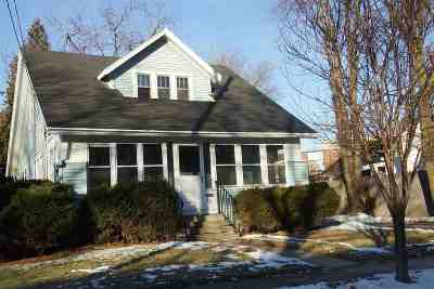 Menasha Single Family Home Active-Offer No Bump-Show: 327 Oak