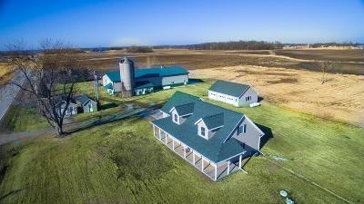 Winneconne Single Family Home For Sale: 8418 Hwy D