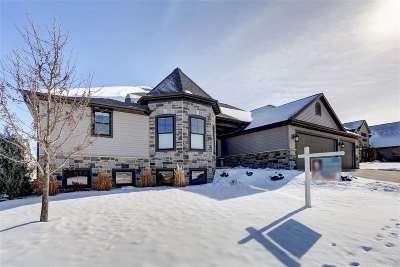 Appleton Single Family Home For Sale: 5500 N Summerland