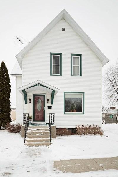 Marinette Single Family Home For Sale: 1614 Sherman
