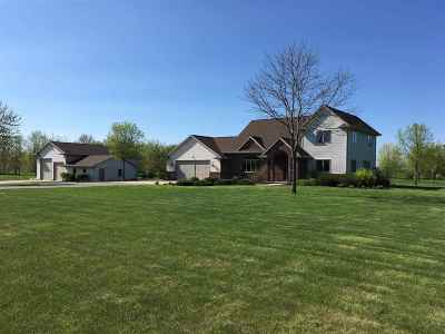 Freedom Single Family Home For Sale: W3326 Schroeder