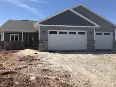Oshkosh Single Family Home Active-No Offer: 2308 Shore Preserve