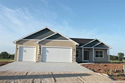 Menasha Single Family Home Active-No Offer: W6029 Zach