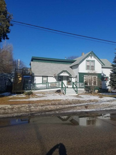 Shawano County Multi Family Home Active-No Offer: 521 S Sawyer