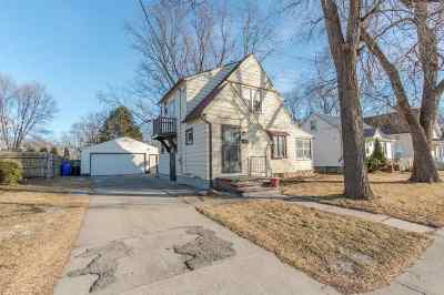 Appleton Single Family Home Active-Offer No Bump: 1530 N Richmond