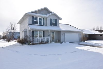 Winneconne Single Family Home Active-Offer No Bump: 1120 Barbary