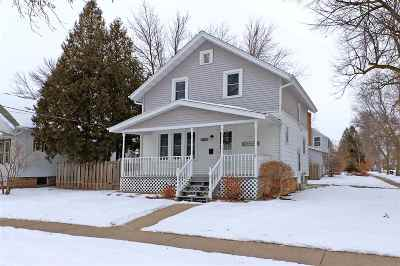 Appleton WI Single Family Home For Sale: $119,900