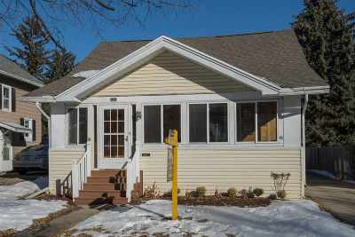 Appleton WI Single Family Home For Sale: $134,900