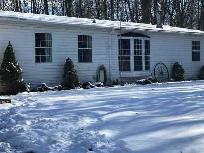 Oconto Falls WI Single Family Home For Sale: $239,900