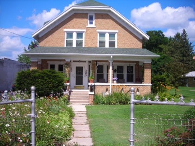 Bonduel Single Family Home For Sale: 205 E Green Bay