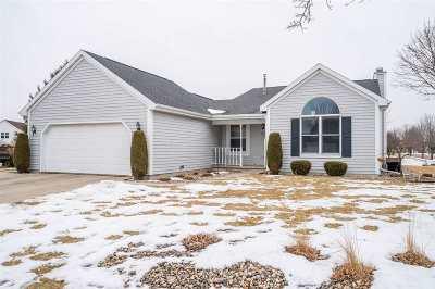 Oshkosh Single Family Home For Sale: 1596 Brentwood