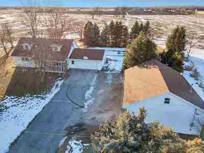 Kaukauna Single Family Home For Sale: N2263 Buchanan