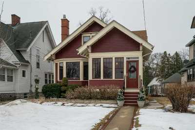 Oshkosh Single Family Home For Sale: 1267 Merritt