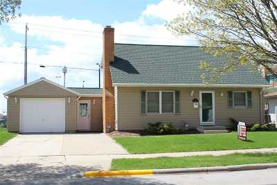 Green Bay Single Family Home Active-No Offer: 1173 Shadow