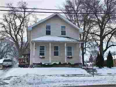 Little Chute Multi Family Home Active-No Offer: 511 E Main