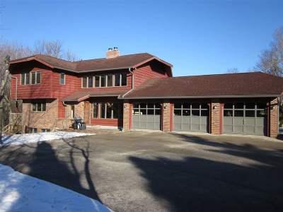Appleton Single Family Home For Sale: 711 S Ridge