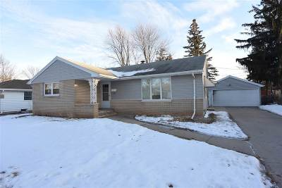 Appleton WI Single Family Home For Sale: $159,900
