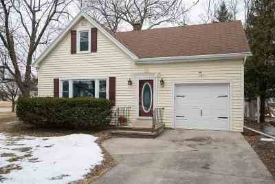 Neenah Single Family Home Active-No Offer: 100 Courtney