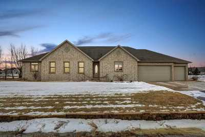 Appleton Single Family Home For Sale: W6033 Jessica