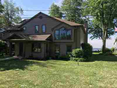 Menasha Single Family Home Active-No Offer: W7067 Firelane 3