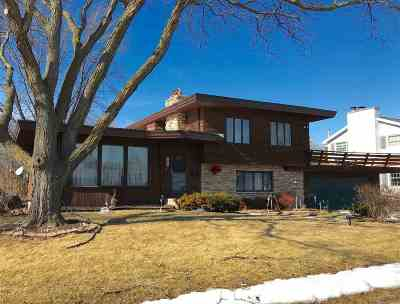 Neenah Single Family Home For Sale: 953 Hickory