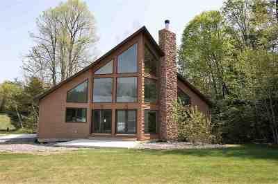 Lakewood Single Family Home Active-No Offer: 15762 E Chain Lake