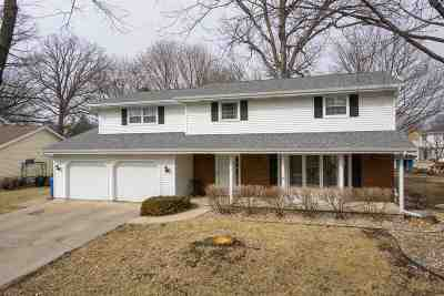 Oshkosh Single Family Home Active-Offer No Bump: 1615 Crestview
