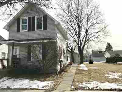 Kaukauna Single Family Home For Sale: 317 W 10th