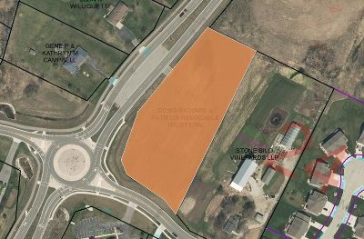 Residential Lots & Land Active-No Offer: Oak Ridge