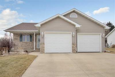 Kaukauna Single Family Home Active-No Offer: 1101 Bens