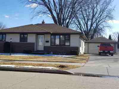 Little Chute Single Family Home Active-Offer No Bump: 505 Johnson