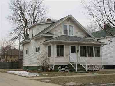 Green Bay Single Family Home Active-No Offer: 424 N Oakland