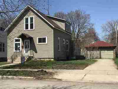 Marinette Single Family Home Active-No Offer: 1126 Daggett