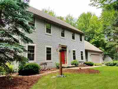 Sobieski Single Family Home Active-No Offer: 173 Scenic
