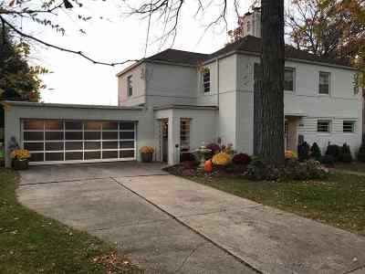 Appleton Single Family Home For Sale: 1508 Oakcrest
