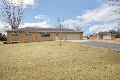 Kaukauna Single Family Home Active-Offer No Bump: W1765 Elk