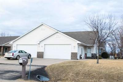Sherwood Single Family Home Active-Offer W/Bump: W5104 Blue Heron