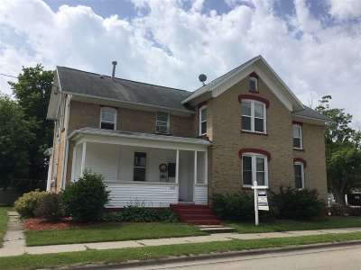 Bonduel Multi Family Home Active-No Offer: 112 W State