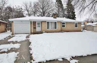 Green Bay Single Family Home Active-Offer No Bump: 962 Holzer