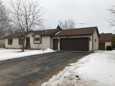 Single Family Home For Sale: 125 N Elm
