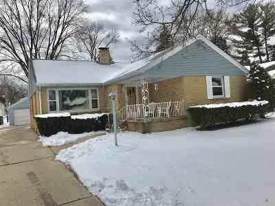 Green Bay Single Family Home Active-Offer No Bump: 1181 Reed