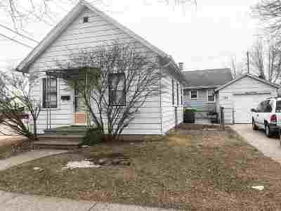 Green Bay Single Family Home Active-No Offer: 1372 Elm
