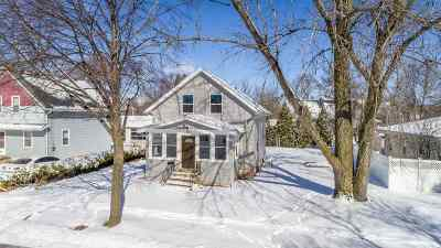 Appleton Single Family Home For Sale: 320 E Fremont