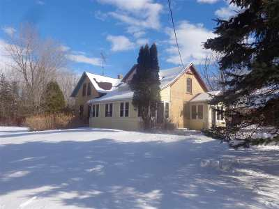 Shawano Single Family Home For Sale: W5545 Hwy E