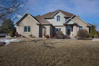Neenah Single Family Home Active-Offer No Bump: 220 Bosworth