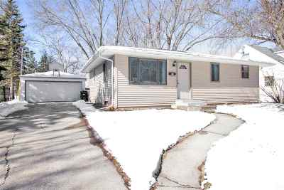 Appleton Single Family Home For Sale: 1831 S Telulah