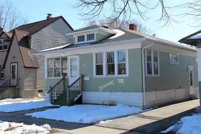 Green Bay Single Family Home Active-No Offer: 845 Howard