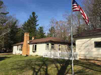 Single Family Home Active-Offer No Bump: 4931 Machickanee